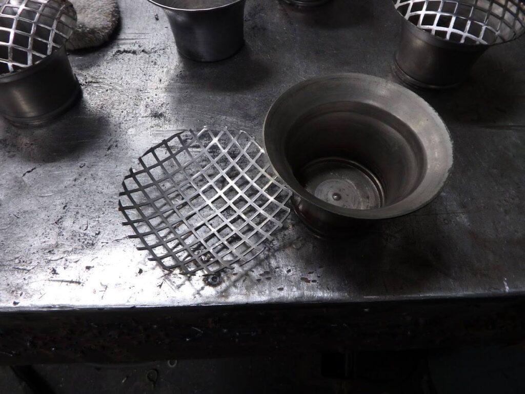 ヘラ絞り 溶接